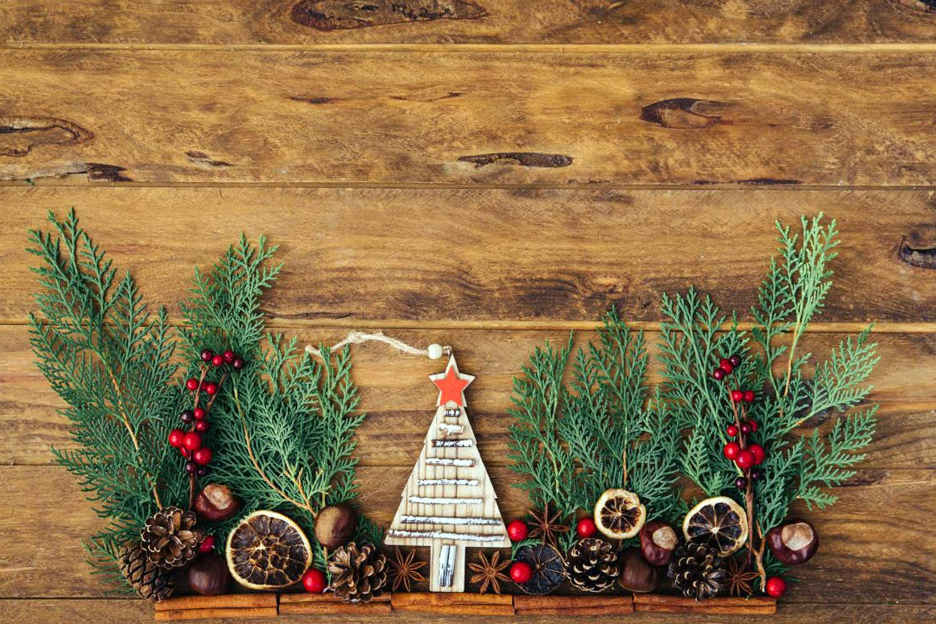 how to have an eco-friendly Christmas showing Christmas wooden decorations